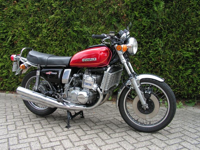 SuzukiGT750.jpg